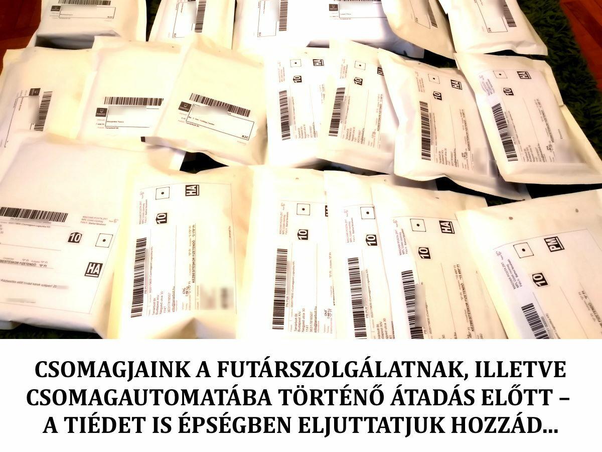 Csomagok postára adás előtt a tanarbolt.hu webáruházban - Packages before shipping at tanarbolt.hu teachers' webshop