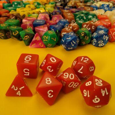 Kockakészlet lapszámozva, 7 db-os, parázsló vörös - sok egyéb színben!