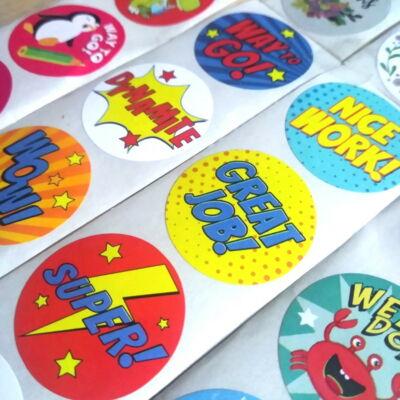 Képregénystílusú matricák élénk színekben diákjaid motiválásához a tanítás során – Reward stickers for teaching